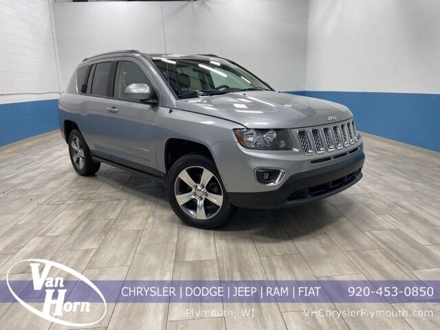 2017 Jeep Compass Latitude Plymouth WI