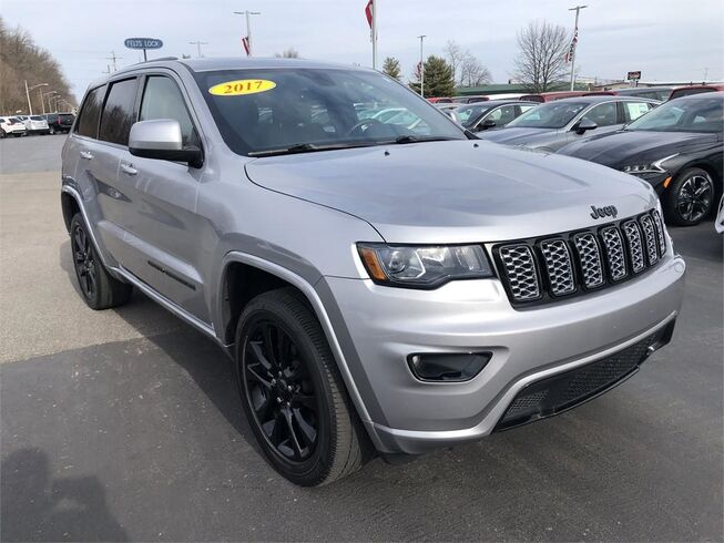 2017 Jeep Grand Cherokee ALTITUDE 4X4 Evansville IN