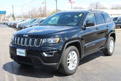 2017_Jeep_Grand Cherokee_Laredo_ Fort Wayne Auburn and Kendallville IN