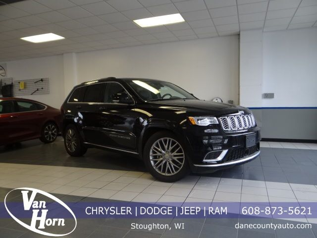 2017 Jeep Grand Cherokee Summit Plymouth WI