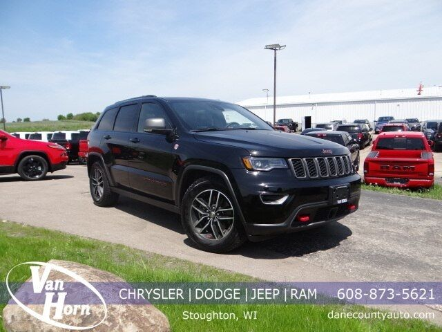 2017 Jeep Grand Cherokee Trailhawk Plymouth WI