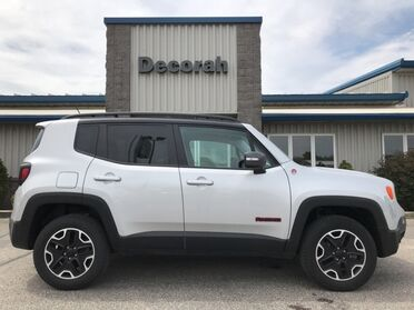 2017_Jeep_Renegade_Trailhawk_ Decorah IA