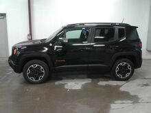 2017_Jeep_Renegade_Trailhawk_ Viroqua WI