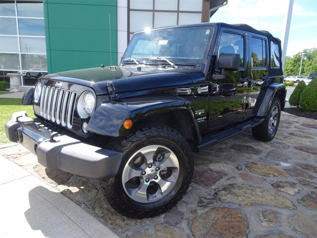 2017 Jeep Wrangler Unlimited Sahara Cincinnati OH