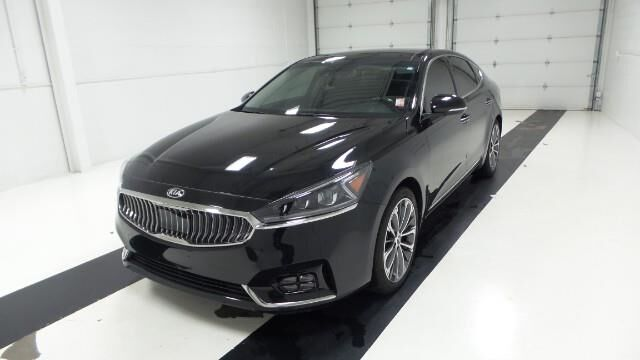 2017 Kia Cadenza Technology Sedan Topeka KS