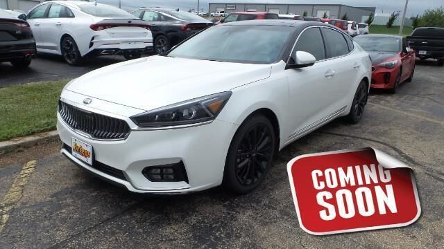2017 Kia Cadenza Technology Sedan Manhattan KS