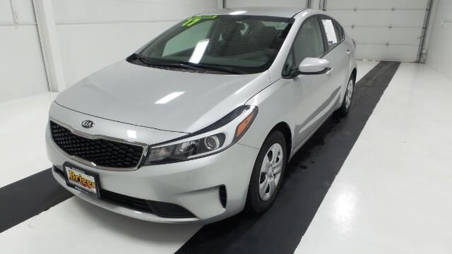 2017 Kia Forte LX Manual Topeka KS
