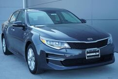 2017_Kia_Optima_LX_ Normal IL