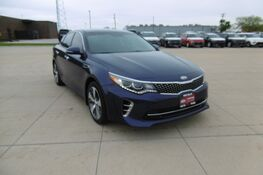 2017 Kia Optima SX