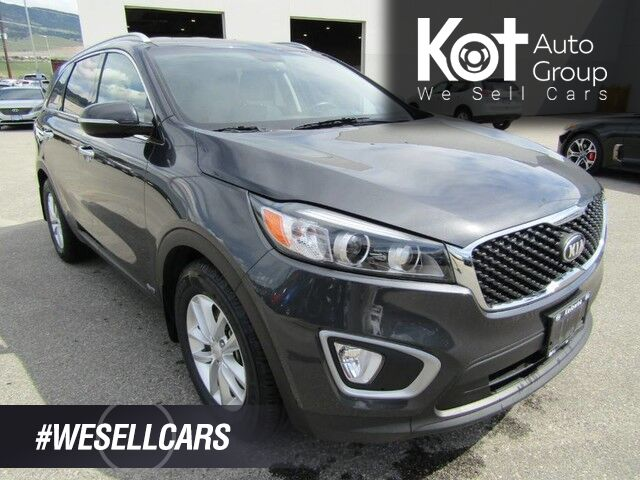 2017 Kia SORENTO LX TURBO! 4 BRAND NEW TIRES! 1 OWNER! NO ACCIDENTS! BACKUP CAM! APPLE CAR PLAY! HEATED SEATS! Kelowna BC