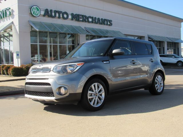 2017 Kia Soul + BACK-UP CAMERA, FOG LAMPS, SAT RADIO, BLUETOOTH CONNECTION, AUTOMATIC HEADLIGHTS Plano TX