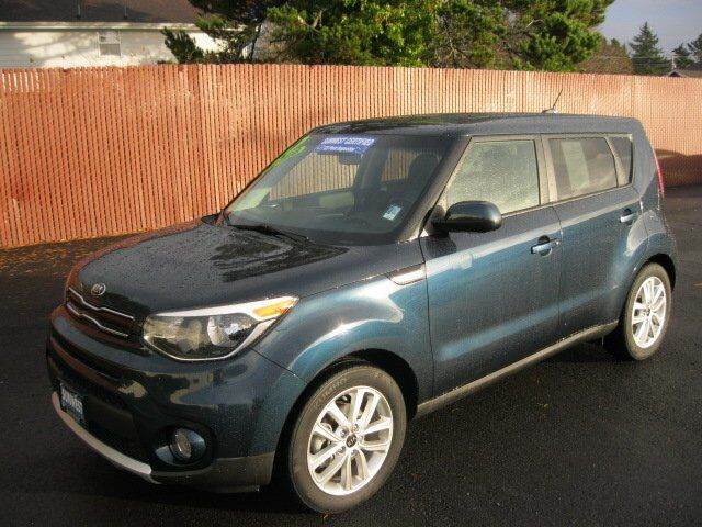 2017 Kia Soul + Newport OR