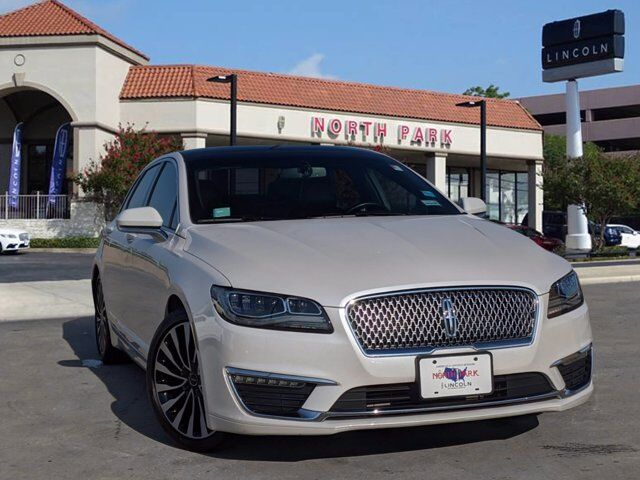 2017 LINCOLN MKZ Black Label