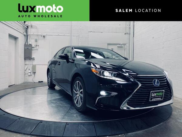 2017_Lexus_ES 300h_Heated/Ventilated Seats Intuitive Park Assist 15k Miles_ Salem OR