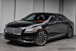 2017_Lincoln_Continental_Black Label_ Akron OH