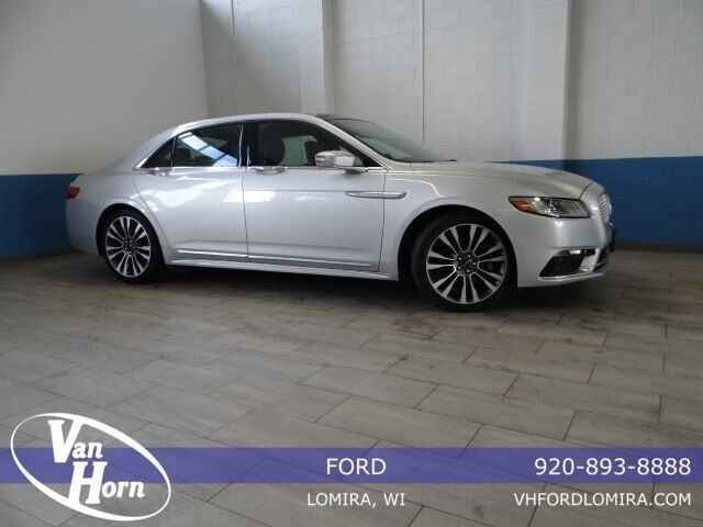 2017 Lincoln Continental Select Plymouth WI