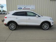 2017_Lincoln_MKC_Reserve AWD_ Watertown SD