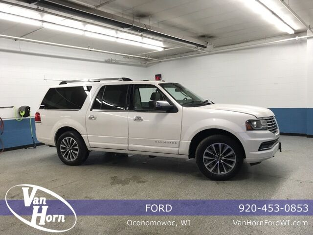 2017 Lincoln Navigator L Select Plymouth WI