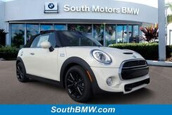 2017_MINI_Convertible_Cooper S_ Miami FL