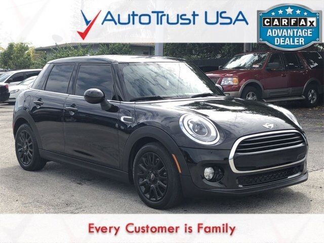 2017 MINI Hardtop 4 Door Base Miami FL