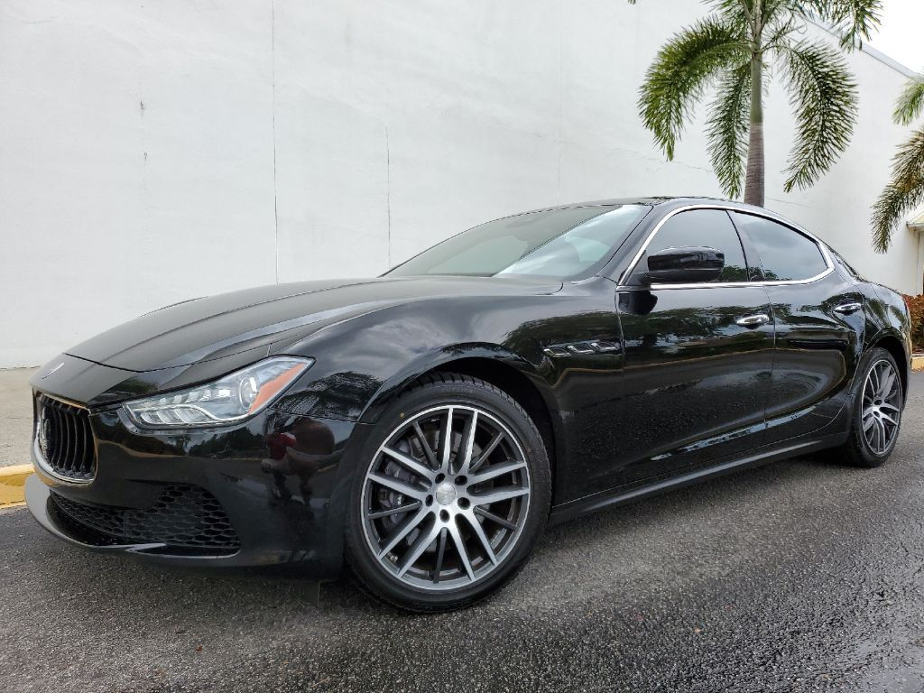 2017 Maserati Ghibli S Q4 ~ 1-OWNER~ 6 CYL TWIN TURBO~ CLEAN CARFAX~ ONLINE FINANCE AND SHIPPING AVAILABLE!