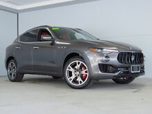 2017_Maserati_Levante_Base_ Kansas City KS