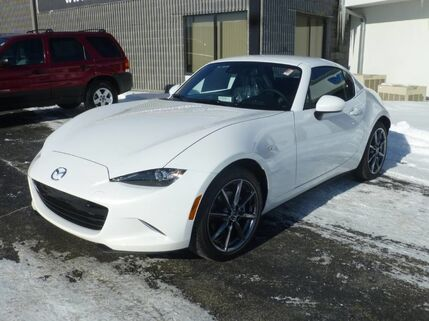 2017_Mazda_MX-5 Miata RF_Grand Touring_ Bourbonnais IL