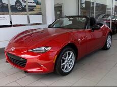 2017_Mazda_MX-5 Miata_SPORT MANUAL_ Brookfield WI