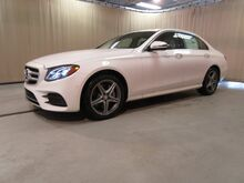 2017_Mercedes-Benz_E_300 4MATIC® Sedan_ Tiffin OH