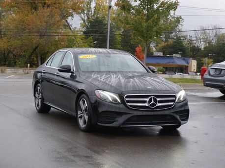 2017_Mercedes-Benz_E_300 4MATIC® Sedan_  Novi MI