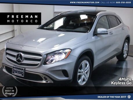2017_Mercedes-Benz_GLA 250_4MATIC Keyless Go Blind Spot Assist Pano_ Portland OR