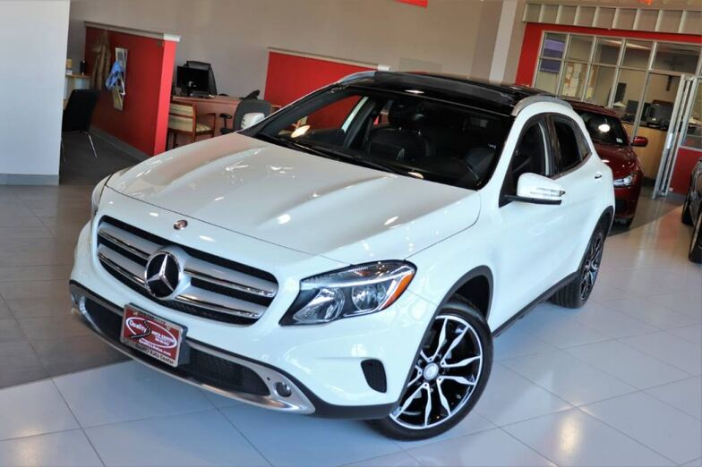 2017 Mercedes-Benz GLA GLA 250 Panorama Premium Backup Camera 1 Owner 19 inch wheels 1 Owner Springfield NJ