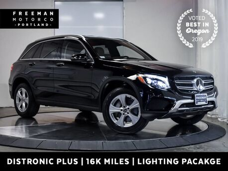 2017_Mercedes-Benz_GLC 300_4MATIC Distronic Blind Spot Assist_ Portland OR