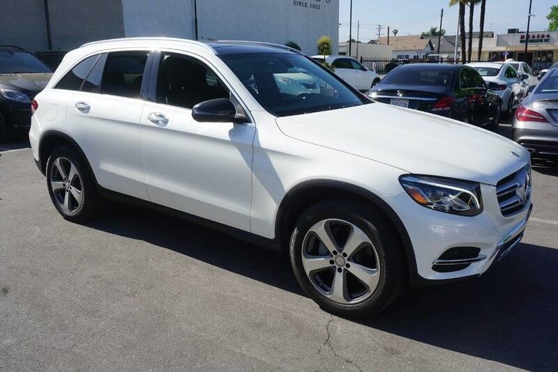 2017 Mercedes-Benz GLC GLC 300 (11/16) PANORAMA ROOF / PREMIUM PACKAGE 2 Monterey Park CA