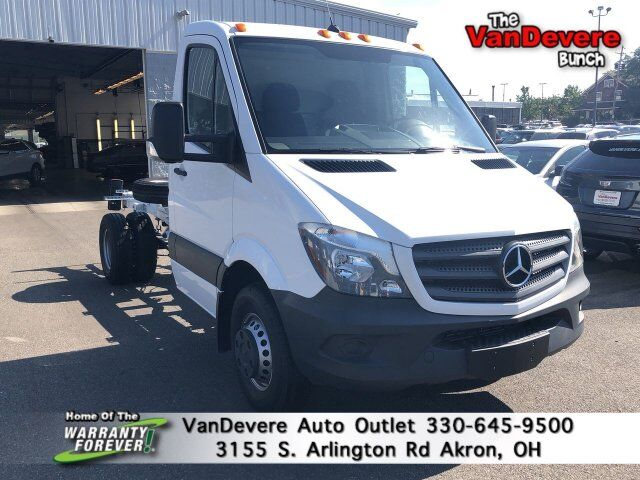 2017 Mercedes-Benz Sprinter Cab Chassis Cab Chassis 144 WB Akron OH