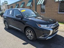 2017_Mitsubishi_Outlander_ES 2WD_ Knoxville TN