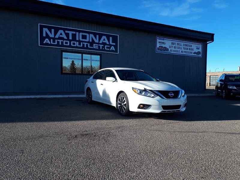 2017 Nissan Altima 2.5 S - HEATED STEERING WHEEL AND SEATS - CLEAN CAR PROOF Lethbridge AB