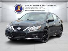 2017_Nissan_Altima_2.5 SR_ Fort Wayne IN