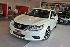 2017 Nissan Altima 2.5 SV Convenience Package Cold Weather Package Sunroof Backup Camera