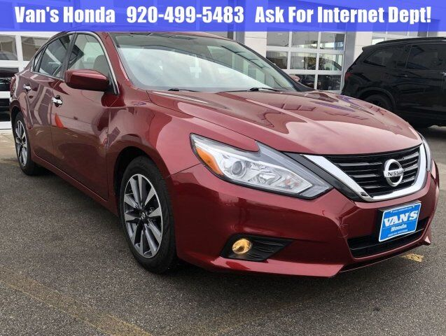 2017 Nissan Altima 2.5 SV Green Bay WI