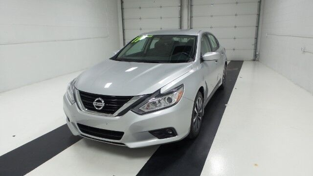 2017 Nissan Altima 2.5 SV Sedan Topeka KS
