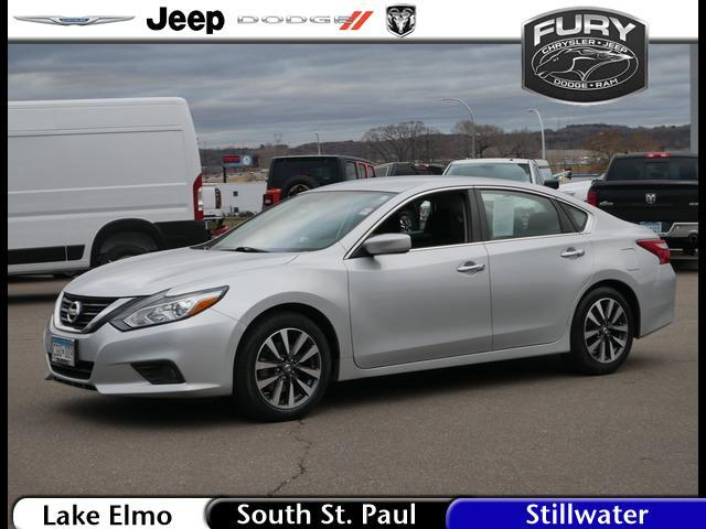2017 Nissan Altima 2.5 SV Sedan Lake Elmo MN