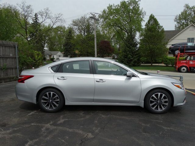 2017 Nissan Altima 2.5 SV Chicago IL