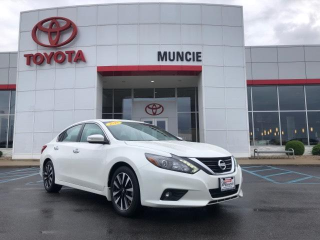 2017 Nissan Altima 2017.5 2.5 SL Sedan Muncie IN