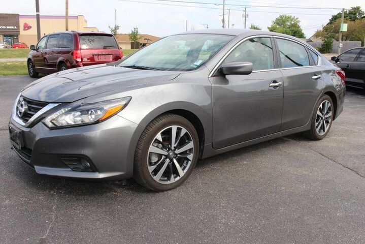 2017 Nissan Altima 3.5 SR Fort Wayne Auburn and Kendallville IN