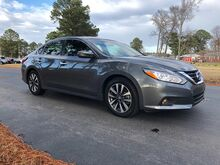 2017_Nissan_Altima_4d Sedan 2.5L SV (2017.5)_ Virginia Beach VA