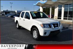 2017_Nissan_Frontier_Crew Cab 4x4 SV V6 Auto *Ltd Avail*_ Rocky Mount NC