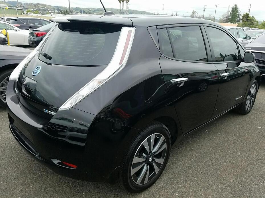 2017 Nissan Leaf SV | Quick Charge | Nav | Heated Seats| Bose|Around View Coquitlam BC