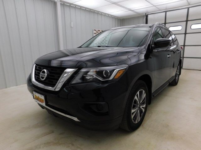 2017 Nissan Pathfinder 4x4 S Manhattan KS