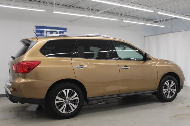 2017 Nissan Pathfinder 4x4 SL Grand Rapids MI